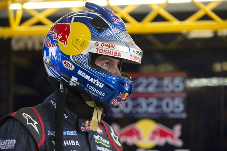 Racing helmet of Jamie Whincup